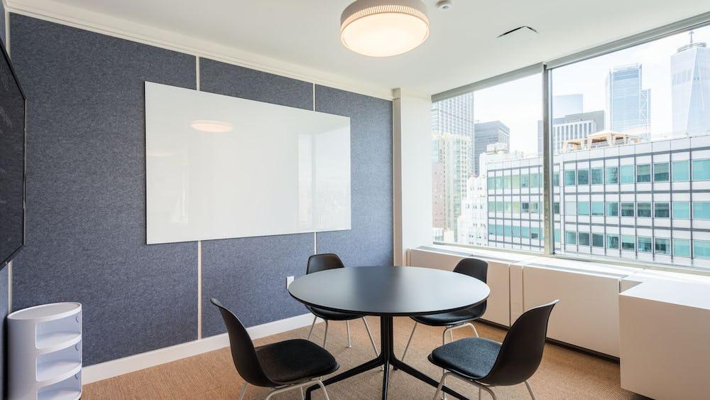 Konferenční místnost 455 Rue Saint-Antoine Ouest